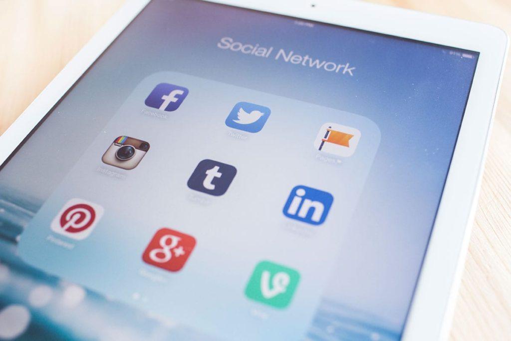 Choosing the right social network